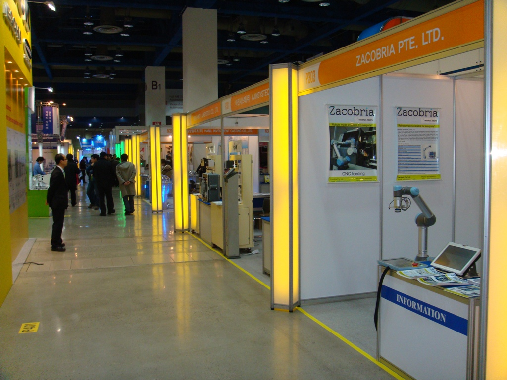 Zacobria and Universal robots at Automation World in Seoul Korea 2011