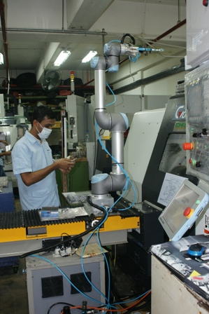 zacobria universal-robots manufacturing in singapore article