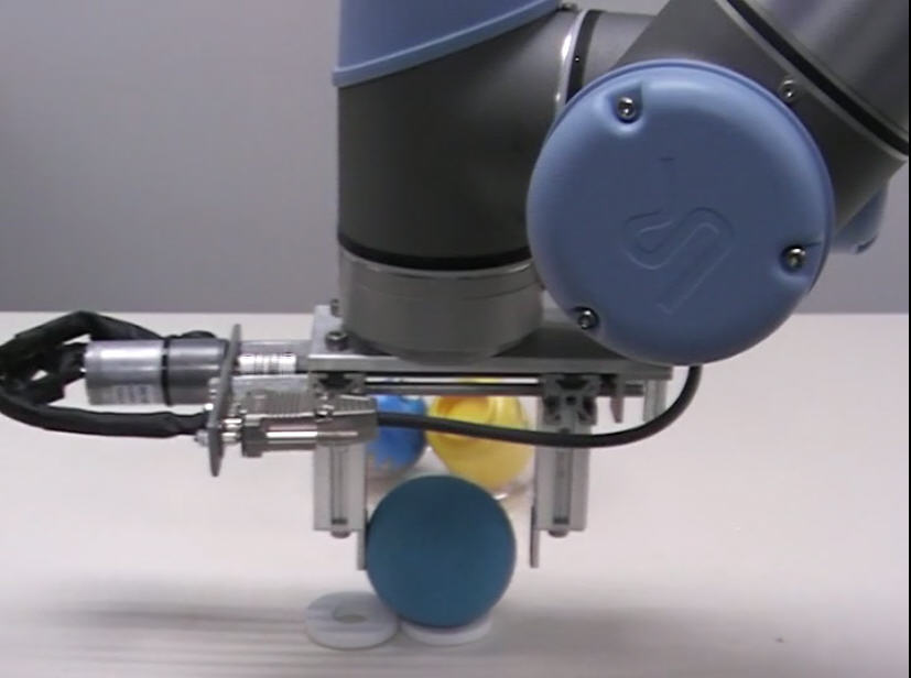 Universal-Robots zacobria modular single side electrical gripper actuator video 1.